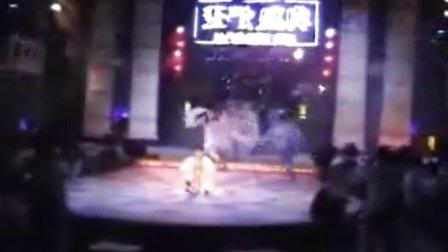 现场搞笑视频-白蛇传.3gp