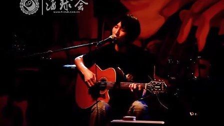 2011年5月13日《狐狸》- 万晓利
