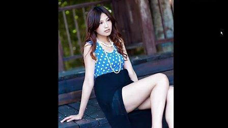 美女 黑裙子 白皙修长美腿 美女图片欣赏