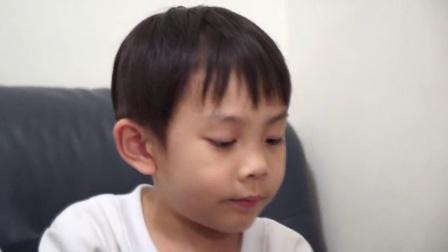 闪电快手小萌宝超炫叠杯 5岁破世界纪录
