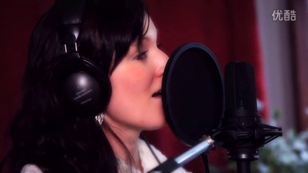 Focusrite - 透过 ISA One 为 Terra Grimard 录音
