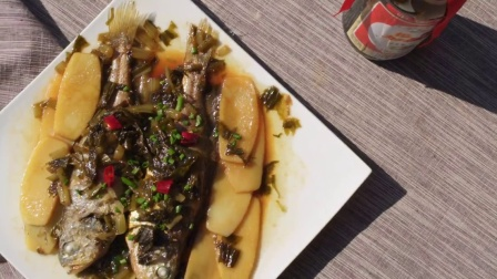 融合创新的年味大菜 雪菜黄鱼烧黄粿
