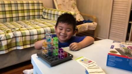 【6岁】8-12哈哈玩爸爸新买的thinkfun立体迷宫IMG_3765.MOV