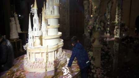 【6岁半】11-26哈哈参观杭州洲际酒店大堂婚礼仪式MAH07358
