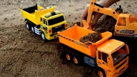 汽车总动员之挖掘机和大卡车表演玩具动画视频