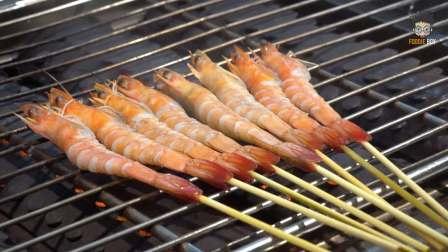 台湾美食:夜市碳烤基围虾