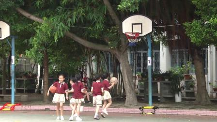 《籃球原地雙手胸前投籃》優質課(科學版四年級體育,賈雪瑩)