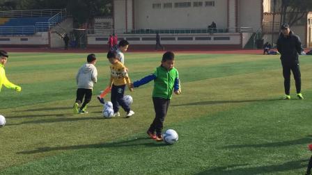 【快7岁】3-10哈哈青少年足球训练,短距离带球练习pIMG_0099
