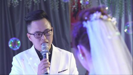 自己结婚自己主持,来看看两位婚礼主持人是怎么结婚的?