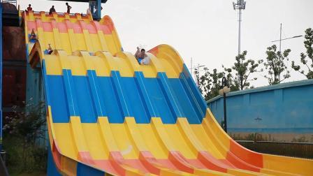 彩虹波浪滑梯-水上滑梯,水上乐园游乐设施,大新游乐,大型水上乐园设备生产厂家