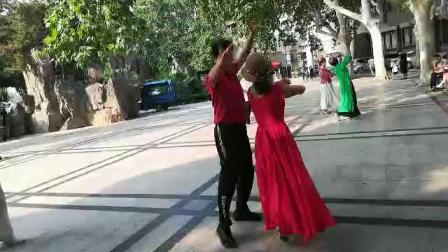 郑州素有和刘杰团长的舞2019819摄像:玉龙雪山