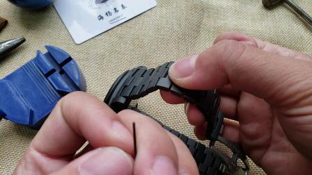 教你沛纳海pam438的使用常识 和如何去截取表带换装皮带