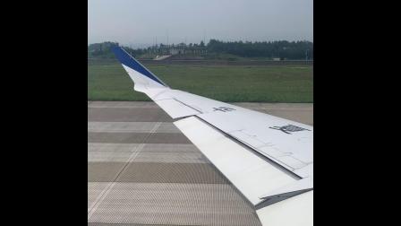 华夏航空庞巴迪CRJ900客机起飞降落过程