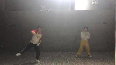 """广西南宁2019""""舞魅娘""""陈东校区-hiphop(嘻哈.自由式街舞)课:…编舞(学员展示部分)1575641152658"""
