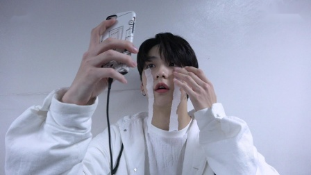 [T:TIME] SOOBIN's Tears Selfie Shooting - TXT