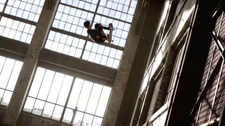 Tony Hawk Skates the Warehouse from #THPS 1+2 ... In Real Life