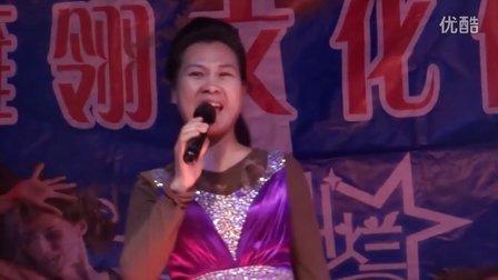雁翎歌舞团表演(10)