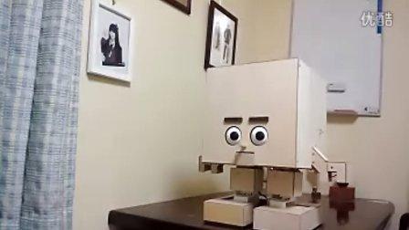 从口中发射小球的机器人