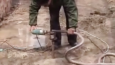 电钻式微型打井机--河南郑新机械厂