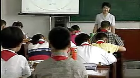 小学五年级数学优质课视频《圆柱的体积》实录点评.asf