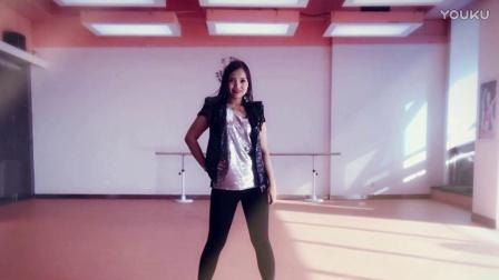 Miya Bollywood dance