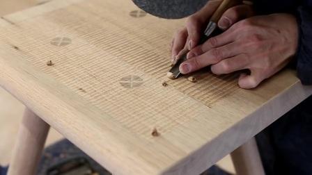 ISHITANI - 制作一张实木桌子和椅子