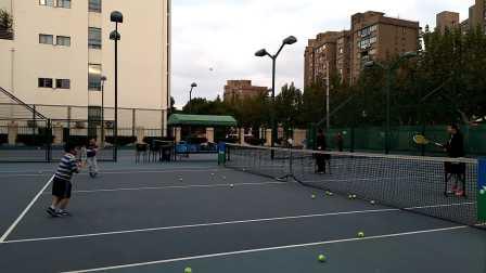 【6岁】10-30哈哈网球正反手击球练习video_163315