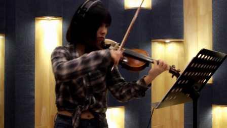 小提琴演奏经典名曲《女儿情》,美女小提琴独