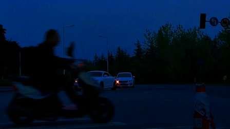 实拍夜景公路上也是最漂亮