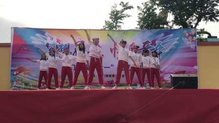 东平梯门中学 街舞《eiei》完整版