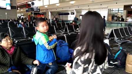 【6岁半】2-22哈哈在底特律大都会机场转机,碰到杭州小姑娘video_1127