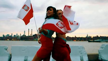 Hazel《 I Love Poland 》 (白了佛冷)