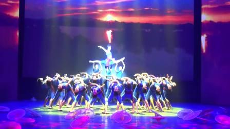 琼海市嘉积中学参加2018年海南省庆祝第34个教师节晚会:舞蹈《万泉河》林广(13876290100)摄制