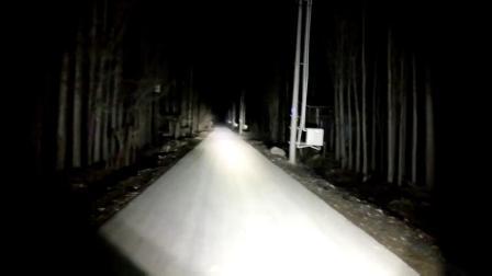 幻月摩托车LED射灯辅助灯强光前大灯哈雷宝马升仕春风-两灯视频