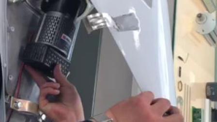 智能化大功率LED路灯灯泡的安装方法