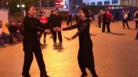 平安依萍吉特巴表演.铁西广场 2019.5..19