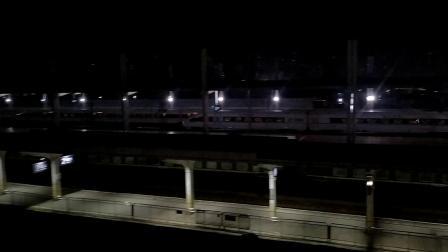 G6026(深圳北—长沙南)本务广铁长沙段,搭载CRH3C型车底,高速通过广州北站