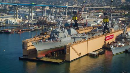 BAE系统公司圣迭戈修船厂同时停靠两艘美海军驱逐舰