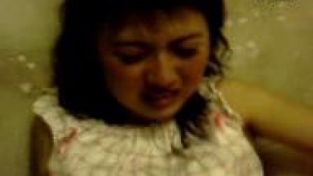 美女哭了_标清
