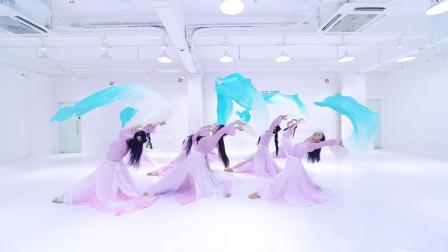 派澜 中国舞《无情画》指导老师:程毅