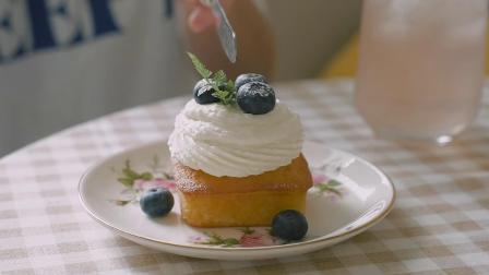 韩国美食:吃播 蓝莓夹心奶油水果蛋糕 Honeykki
