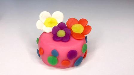 欢乐多彩泥 冰雪奇缘艾莎公主做的三色花蛋糕太美了