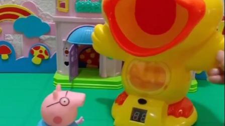 猪爸爸偷吃乔治的汉堡糖,还藏到小鸭子的嘴里,怎么就剩下个棍了?