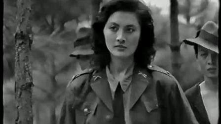 气质女反派开始得意洋洋后来仓皇而逃最后被杀