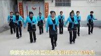 沂南县界湖镇金场社区姐最拽舞蹈队激情演绎一路歌唱广场舞