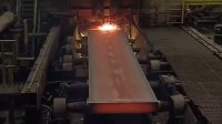 强大的机器 - 在炼钢厂