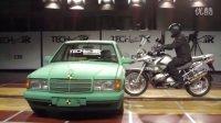 摩托车安全气囊骑行服演示