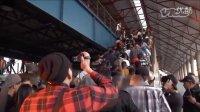 墨西哥城的地铁青年舞曲帮