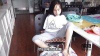 """【小人物大四川】成都无臂姑娘练""""绝活"""" 双脚""""绣""""出精彩人生!2015.09.11"""