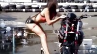 爆笑无节操视频秀1.美女模特被摩托车压倒【星小云】